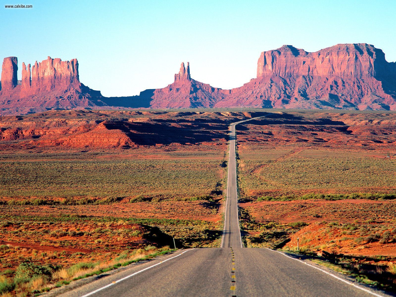 wallpapernature1600x1200On the Road Again Monument Valley Arizona 1600x1200