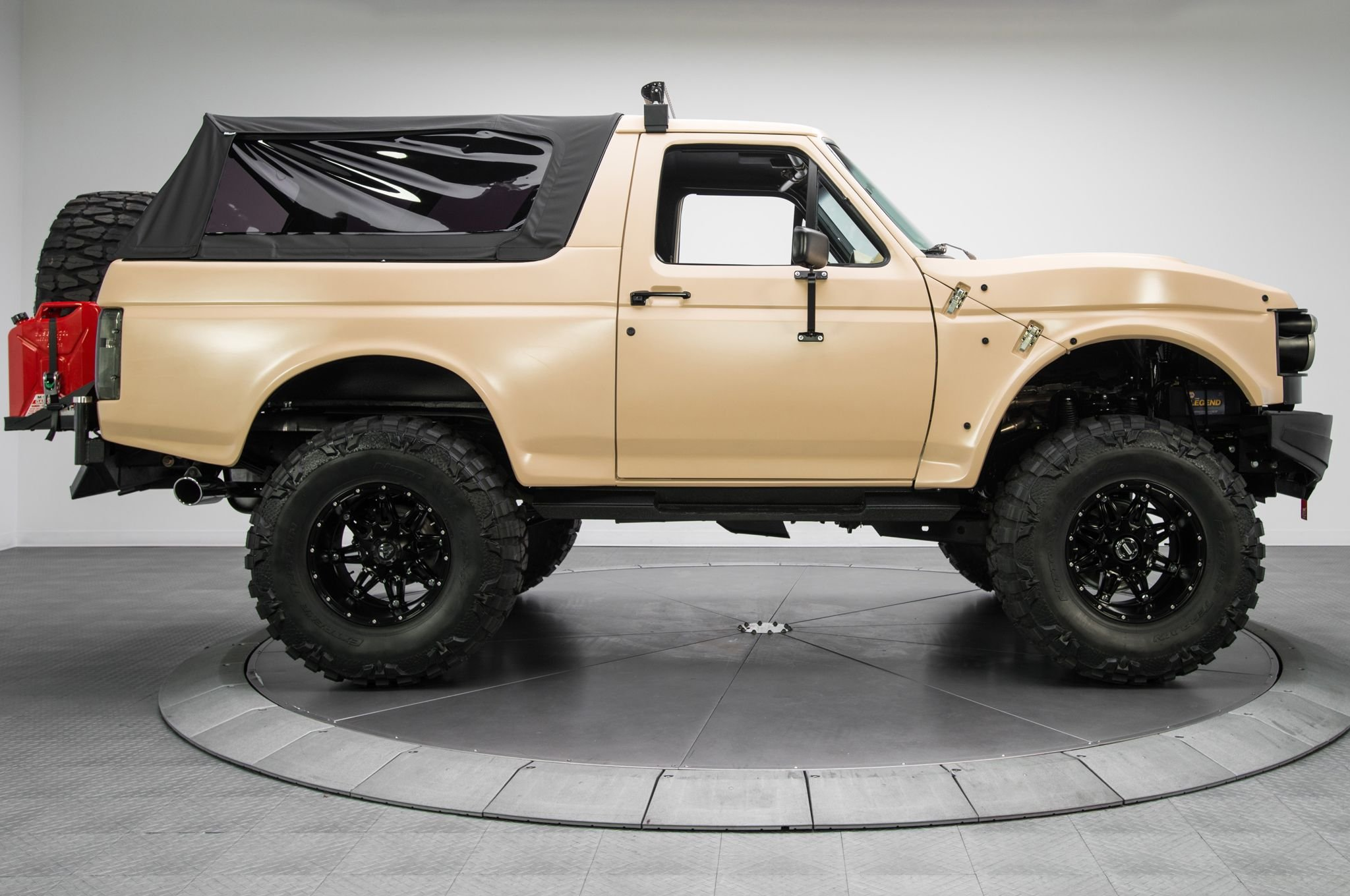 FORD BRONCO suv 4x4 truck wallpaper 2048x1360 775509 WallpaperUP 2048x1360