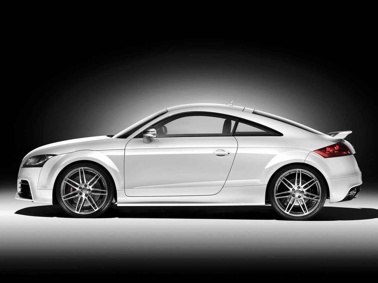 Audi TT RS Wallpapers HD Download 1280x960