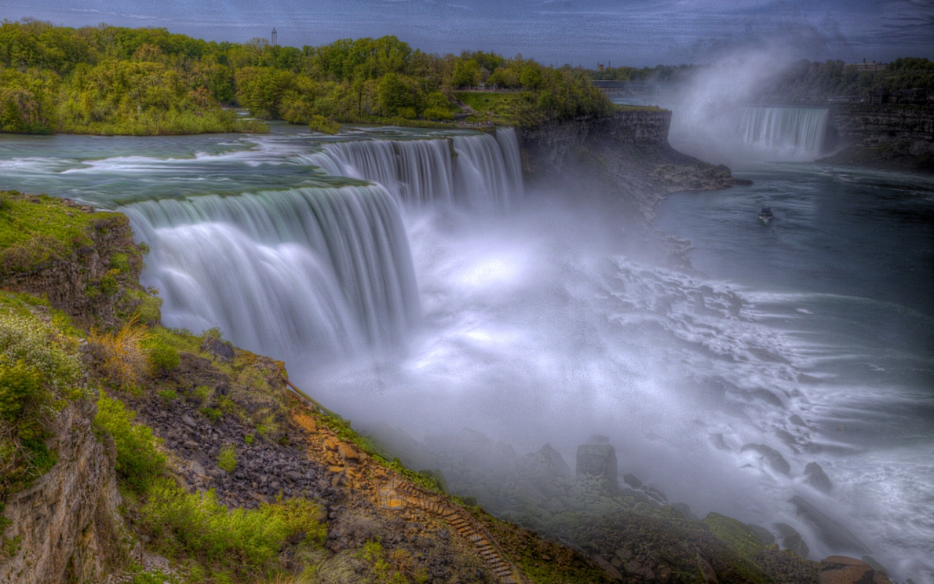 niagara falls Save big on a wide range of niagara falls, canada hotels niagara falls, canada is known for its waterfalls and riverfront don't miss out on great hotels and other accommodations near american falls, niagara falls state park, and bridal veil falls.