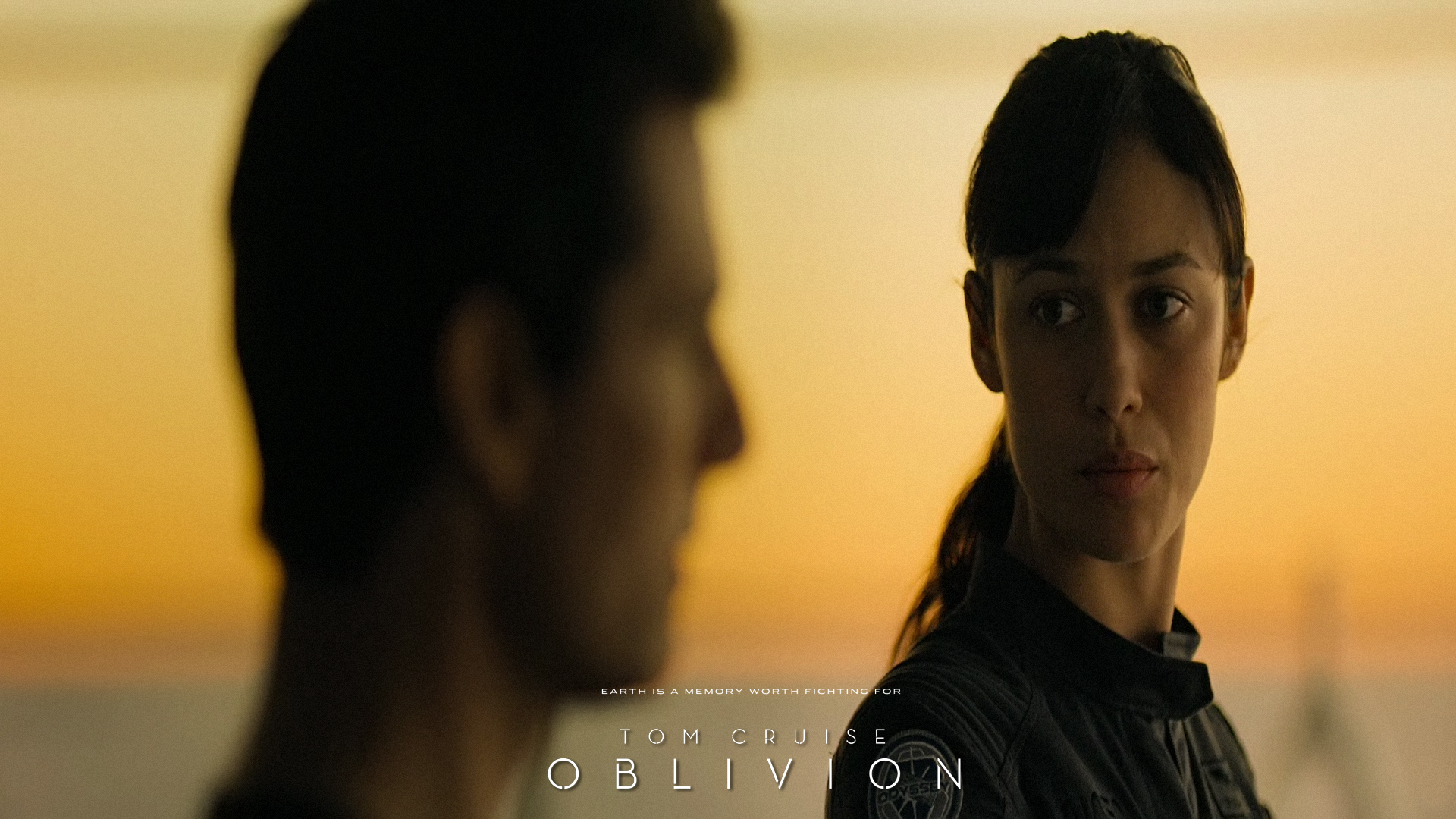 20 HD wallpapersscreenshots of Oblivion with Tom Cruise Movie 1920x1080