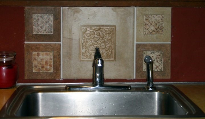 DIY tile backsplash My passion pictures and art Jennifer caswell 720x417