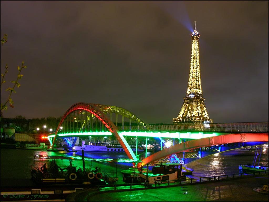 Paris at Night Wallpaper 1024x768