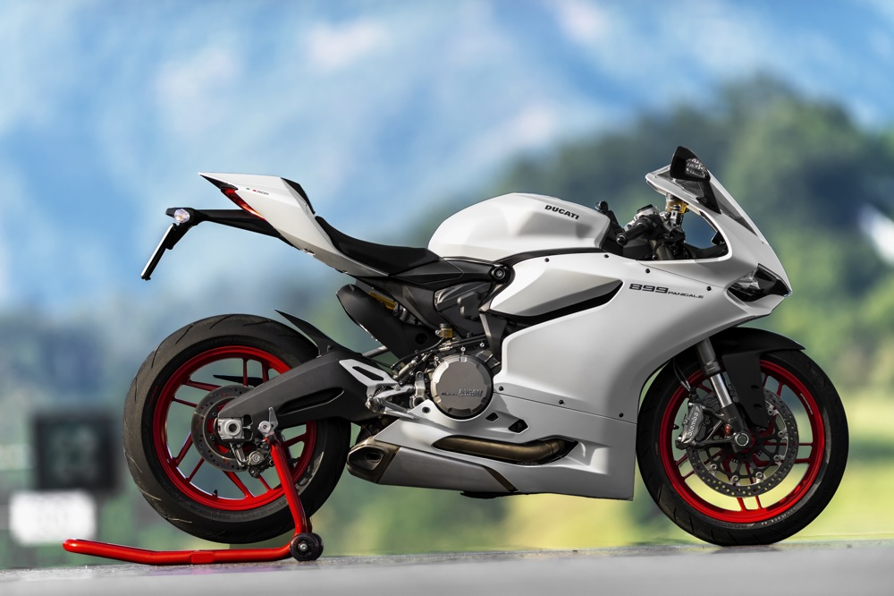 2014 Ducati 899 Panigale FIRST RIDE Photo Gallery 1000x666