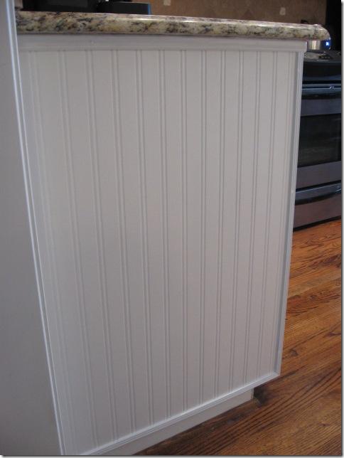 beadboard wallpaper 484x644