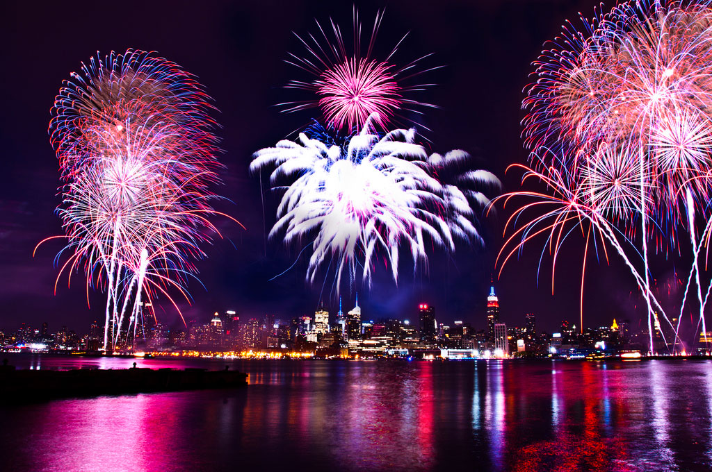 Happy 4th Of July 2014 >> Download Happy 4th Of July 2014 Fireworks Pictures Quotes Iphone