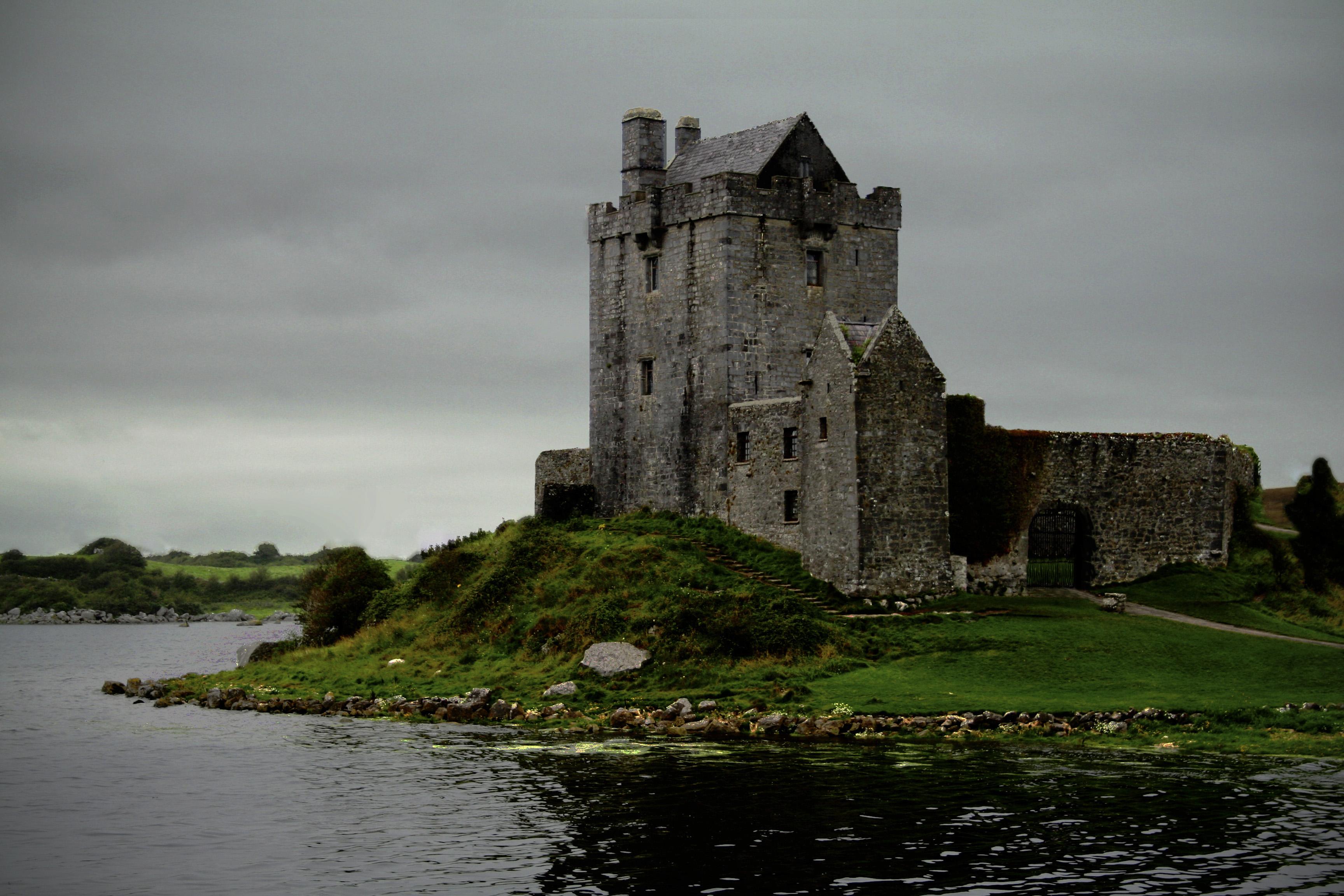 Irish Castle Wallpaper...