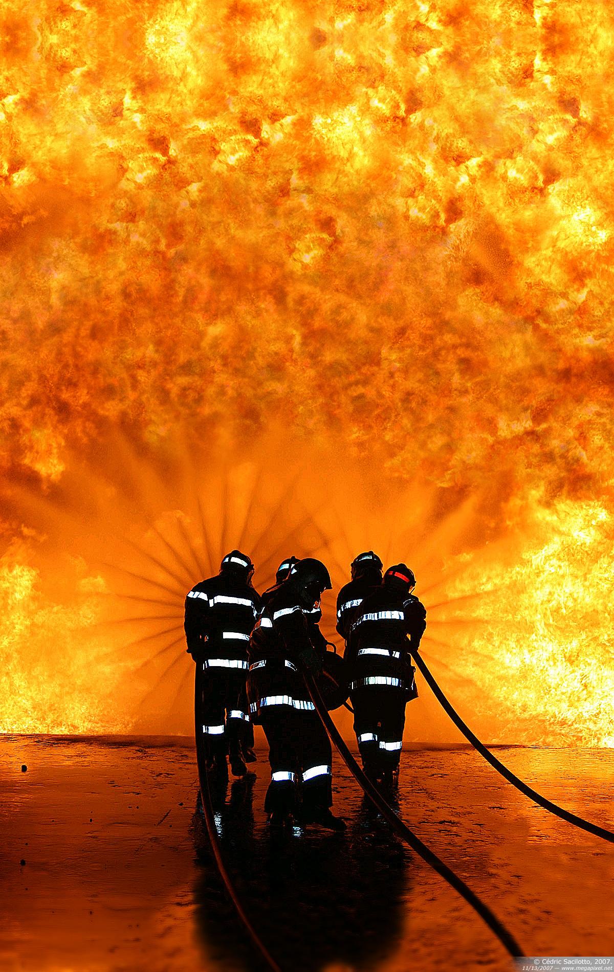 Firefighter Desktop Backgrounds WallpaperSafari