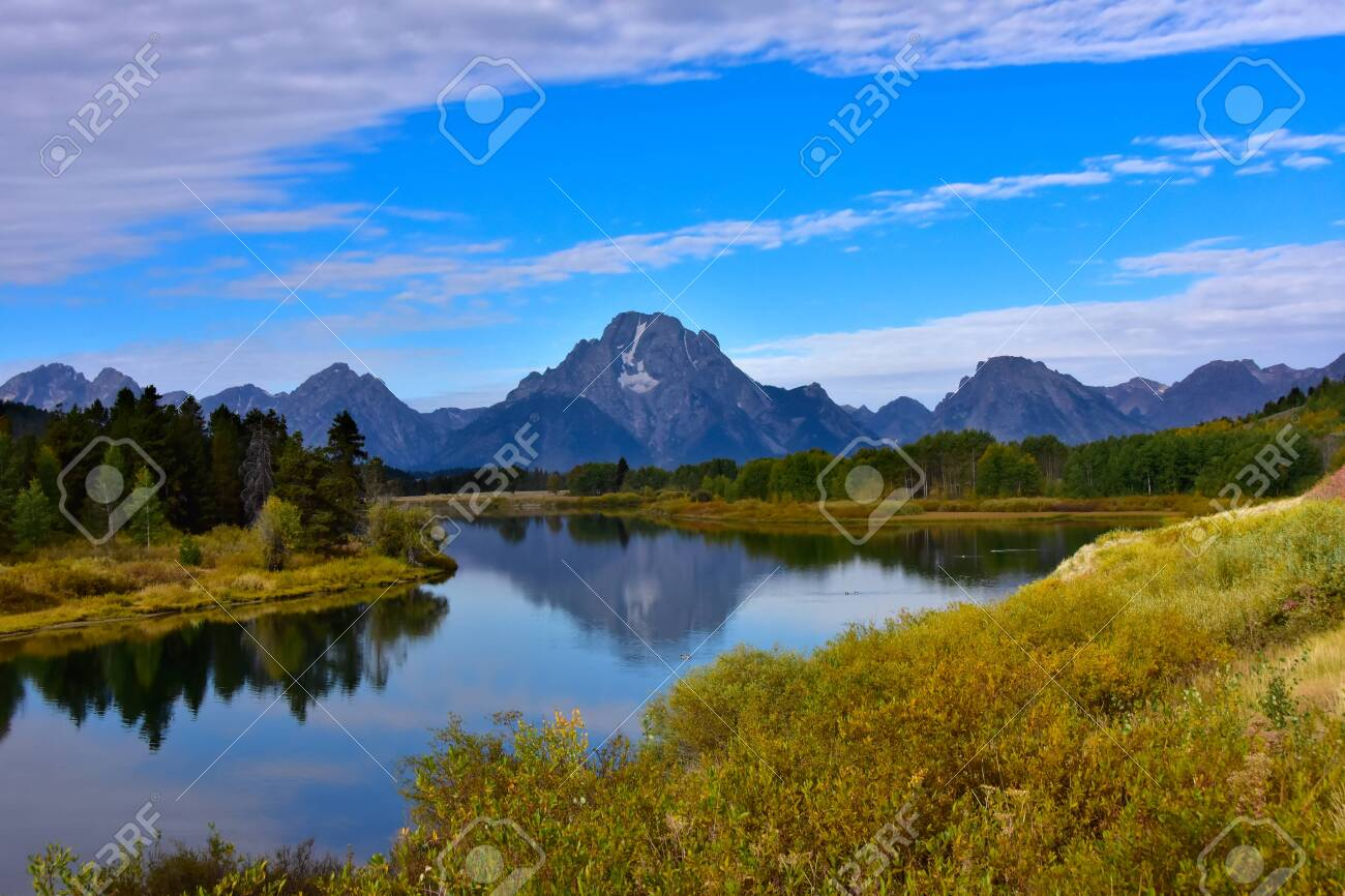 Oxbow Bend In Fall With The Grand Tetons In The The Background 1300x866