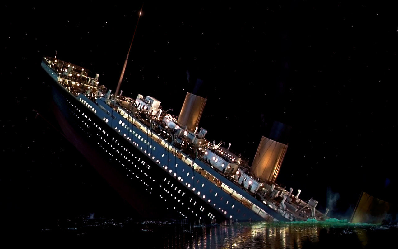 Pictures of the titanic sinking in real life