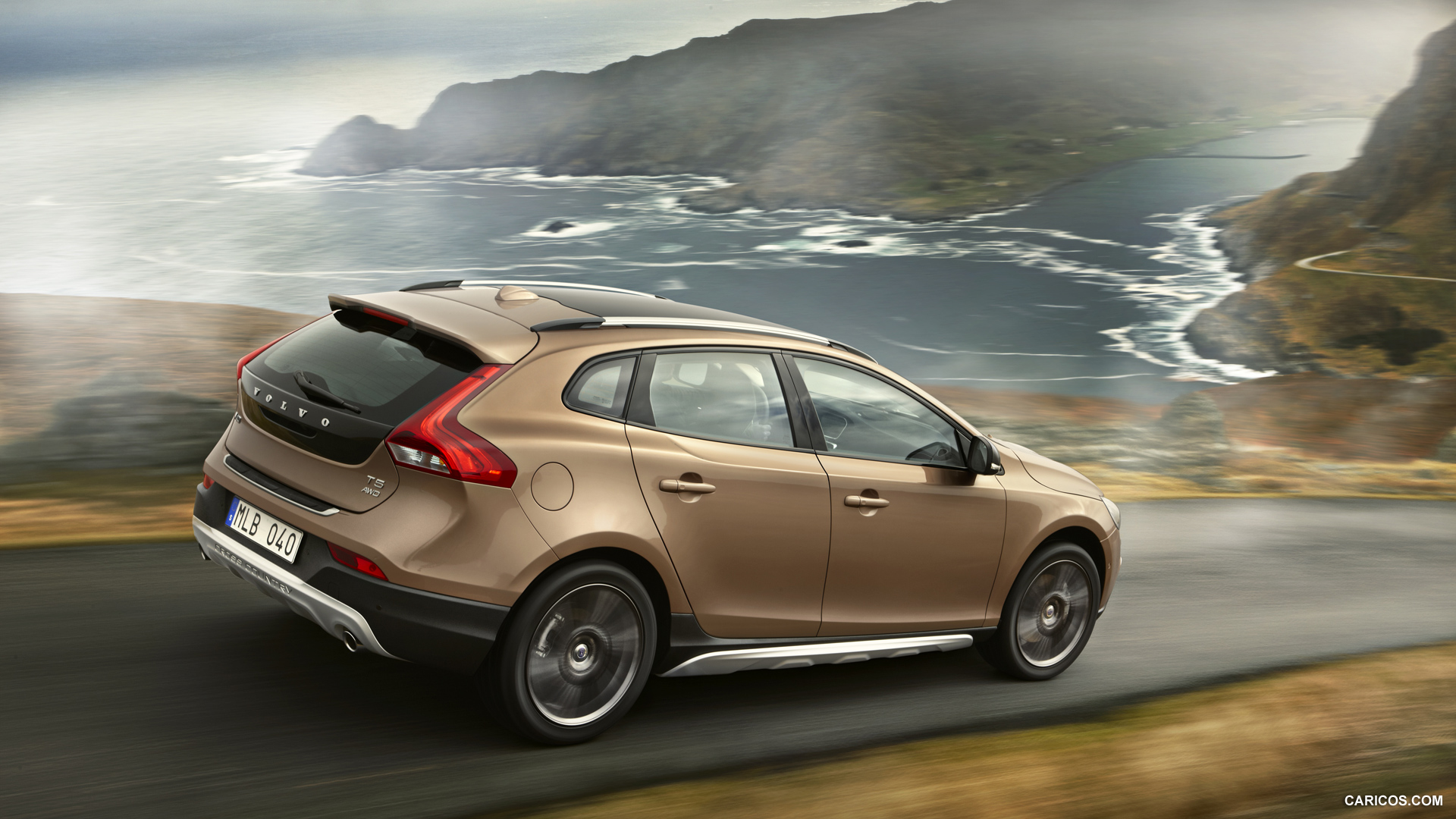 2013 Volvo V40 Cross Country   Side HD Wallpaper 1 1920x1080