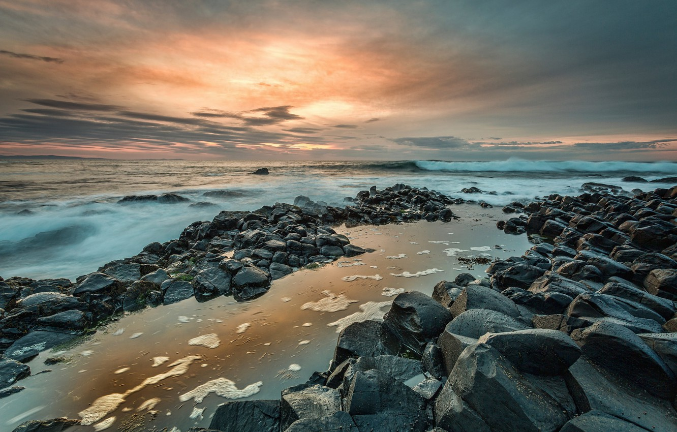 Wallpaper coast Northern Ireland Giants Causeway images for 1332x850