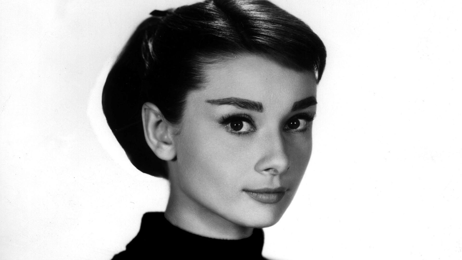 Audrey Hepburn HD Wallpaper 7604   HD Desktop Wallpaper HD 1920x1080