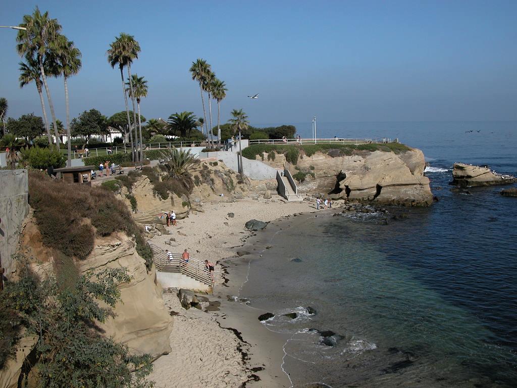 la jolla cove la jolla cove moonlight beach near la jolla cove ocean 1024x768