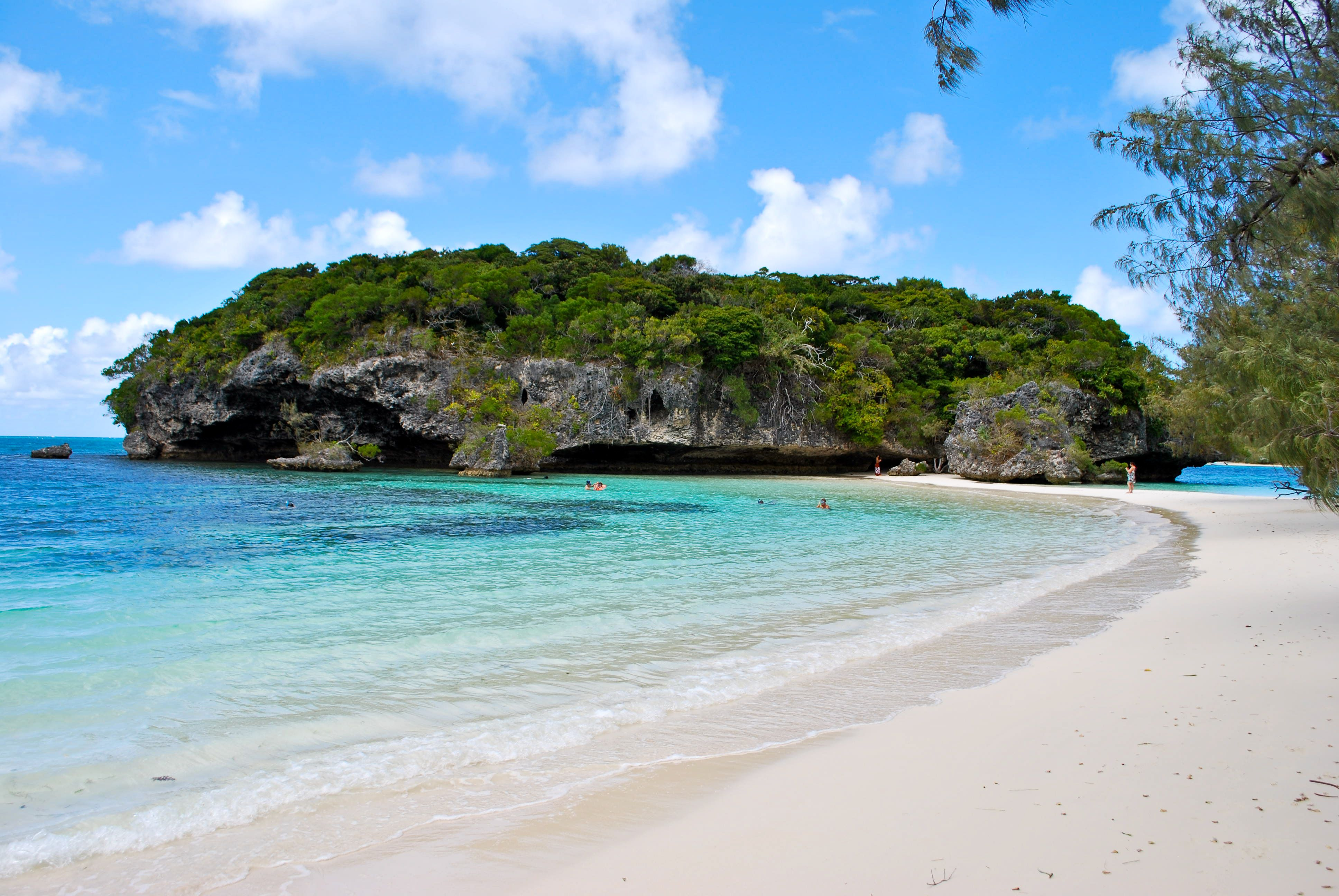 New Caledonia South Pacific Island wallpaper Gallery 3872x2592