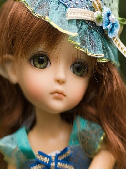 Latest Dolls Wallpaper   Wallpapers And Pictures 403x540