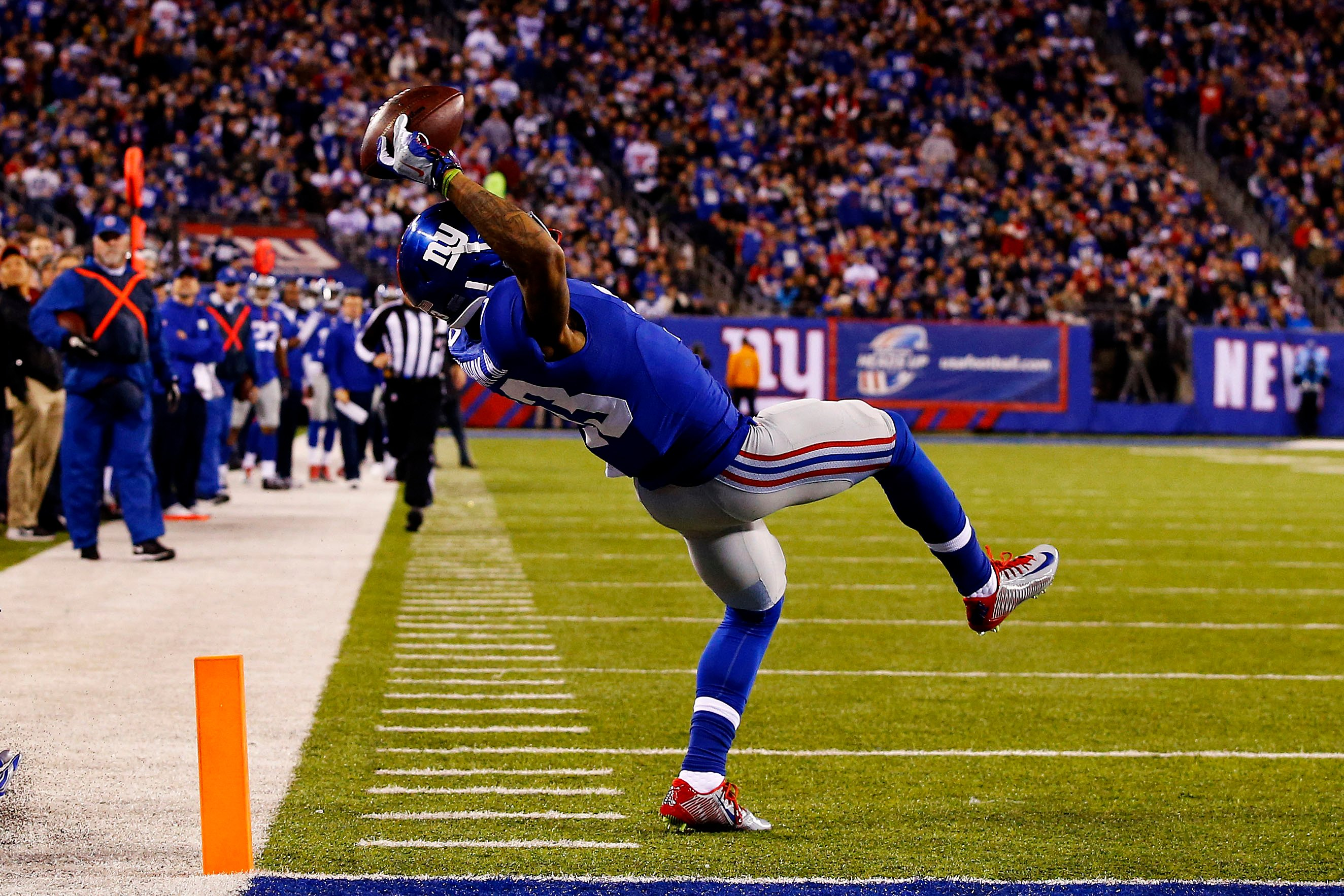 Odell Beckham Jr celebrates historic catch with pizza party Page 2648x1765