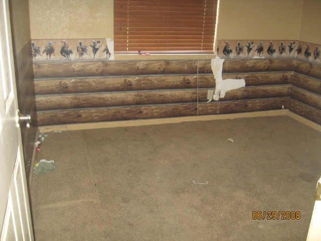 log cabin wallpaper cowboys bedroom tacky bad MLS photos Phoenix ugly 640x480