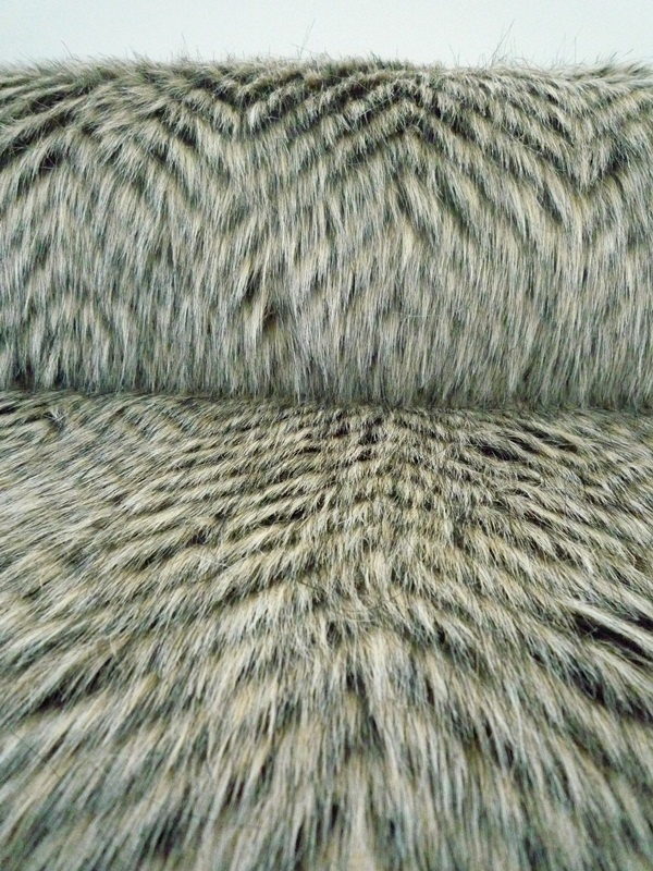 Raccoon faux fur Fabric and Wallpaper Pinterest 600x800