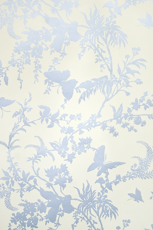 Tropical Floral Wallpaper Striking cream wallpaper with metallic blue 534x801