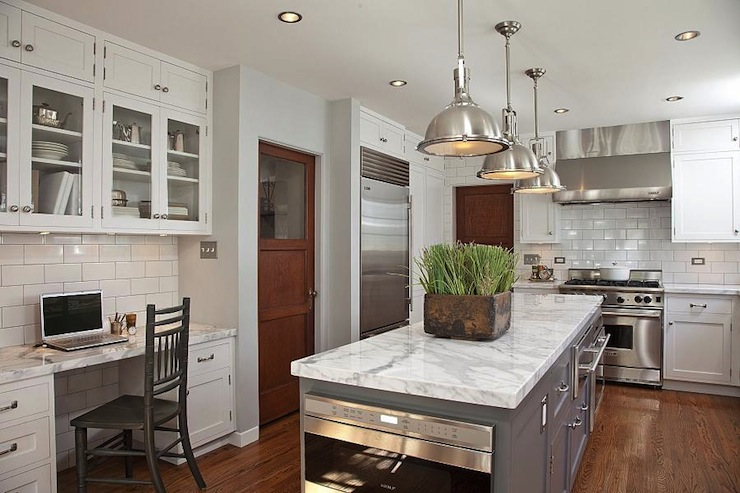 kitchen   Dunn Edwards Silver Spoon   Cynthia Marks Interiors 740x493