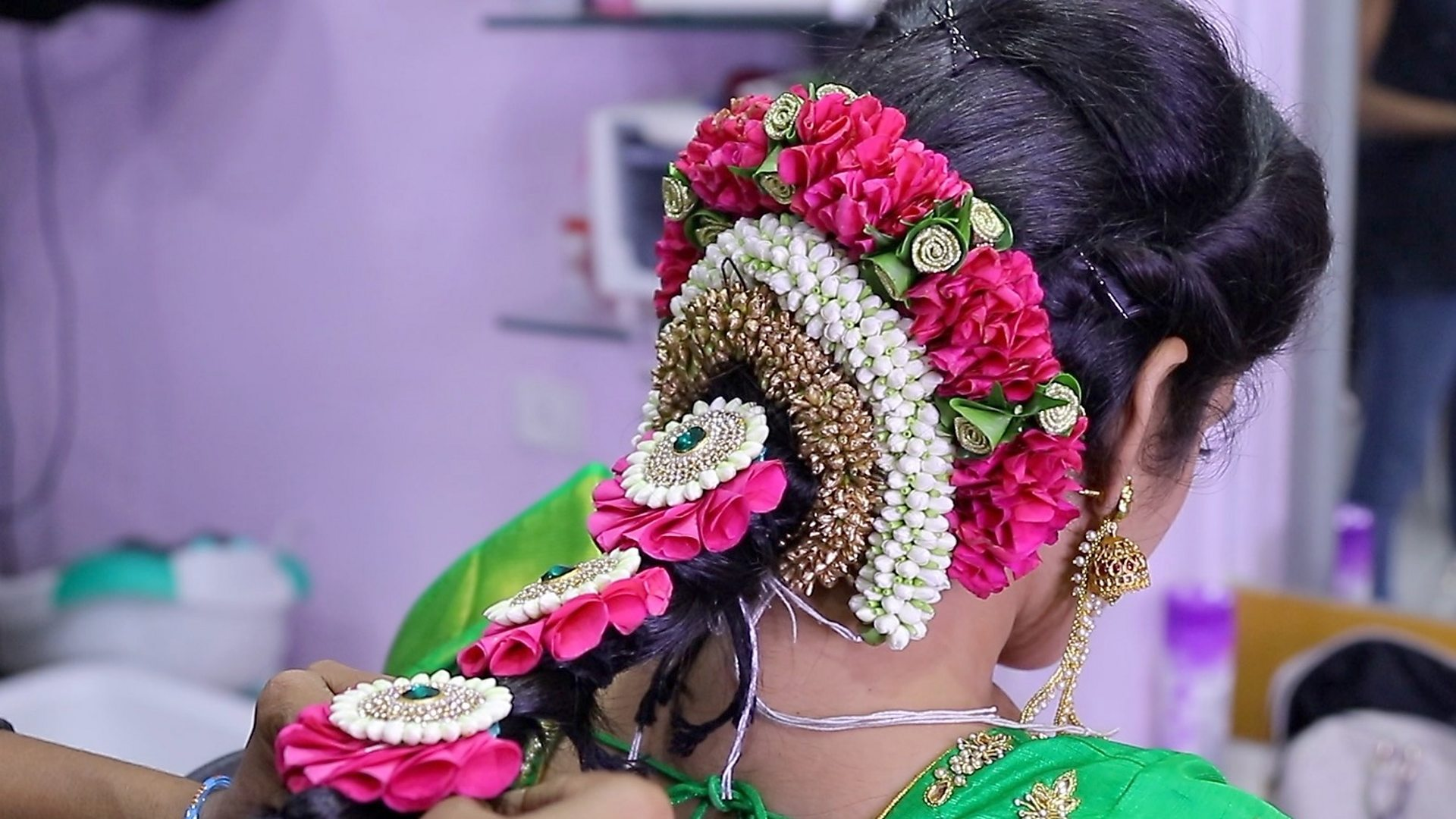The Indian engineer whose floral headpieces went viral   BBC News 1920x1080