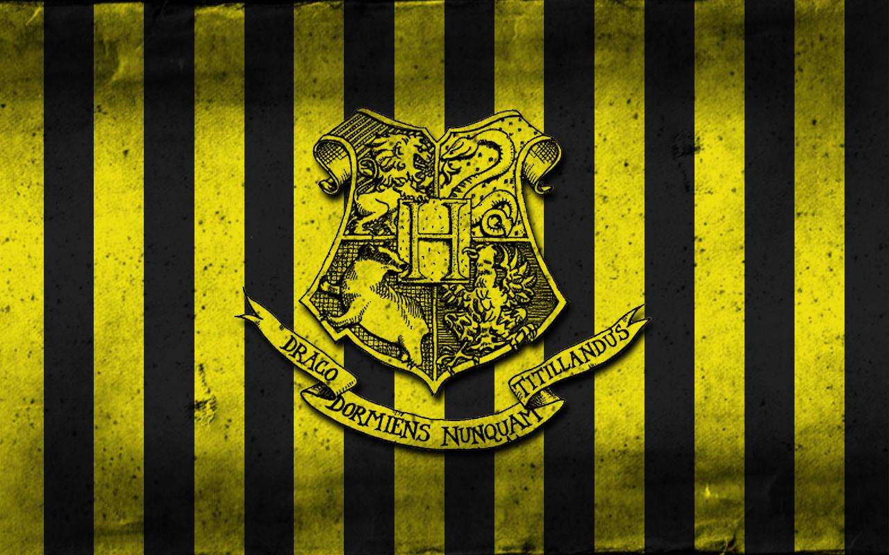 Hogwarts Crest Wallpaper Wallpapersafari