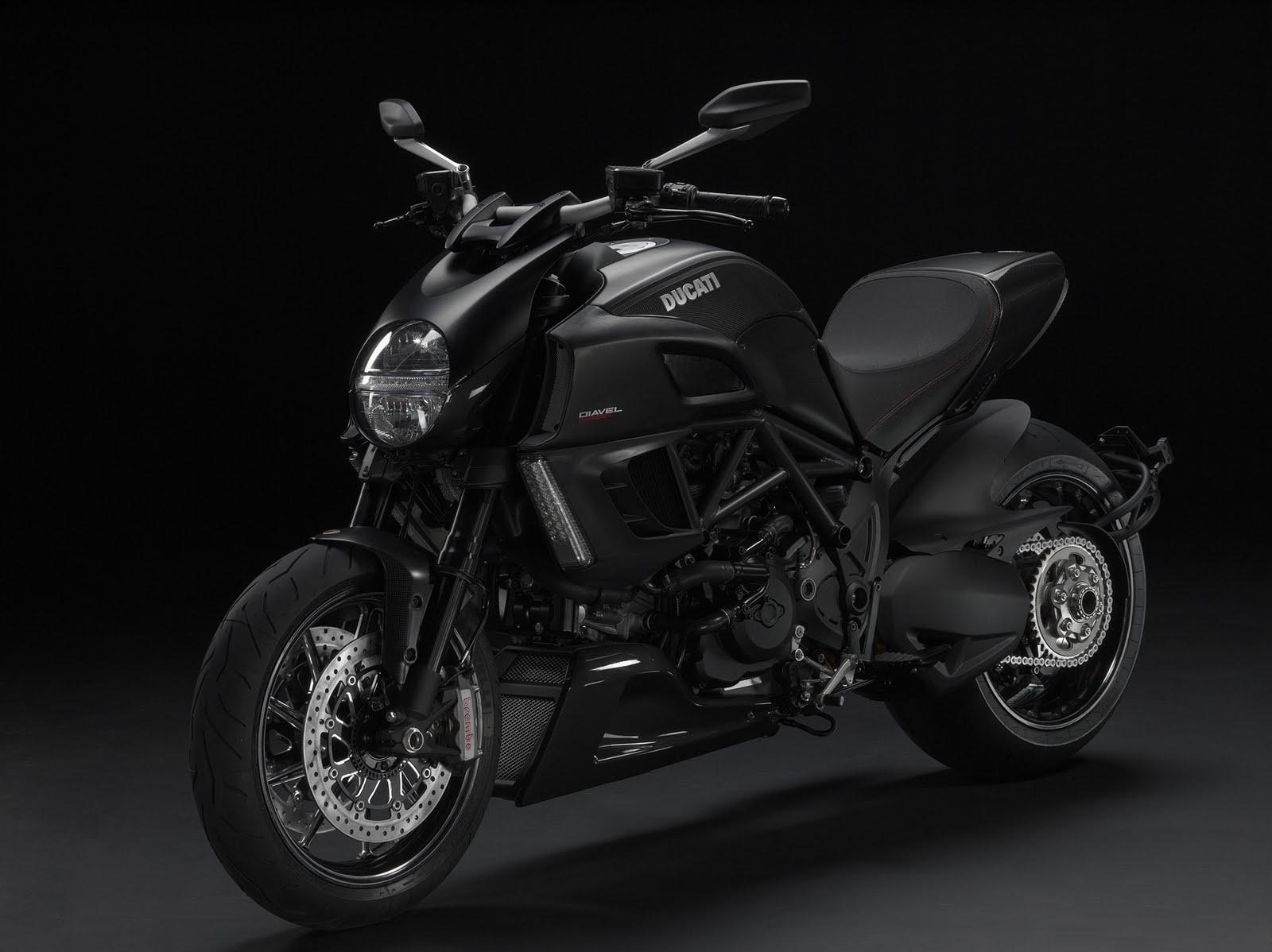Ducati Diavel 2011 1600x1198