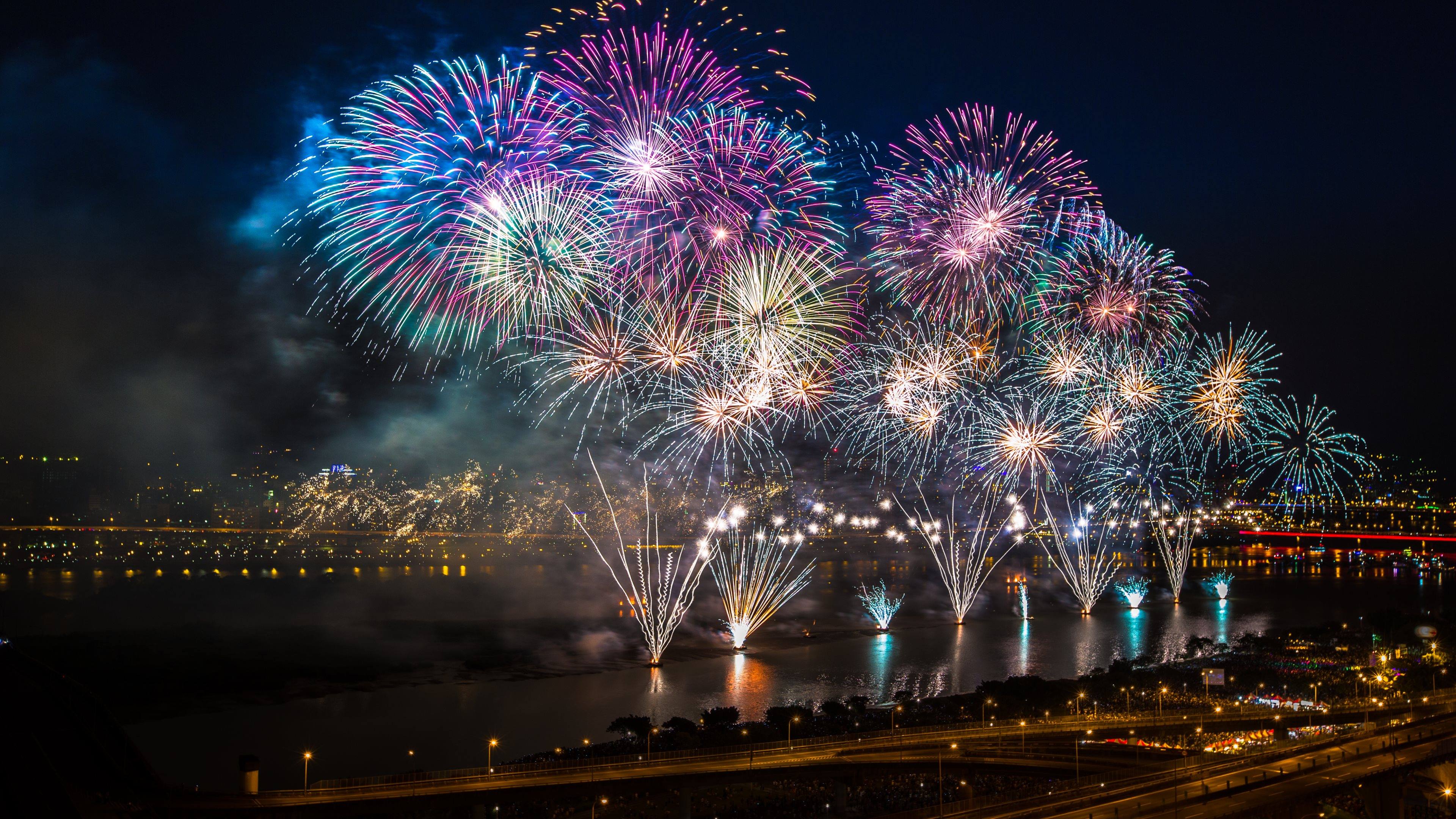 Fireworks HD Wallpaper