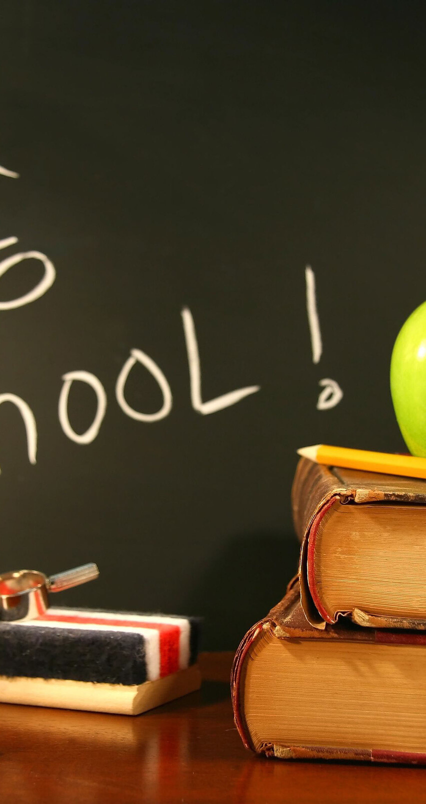 Back to school for a new year   HD wallpaper 852x1608