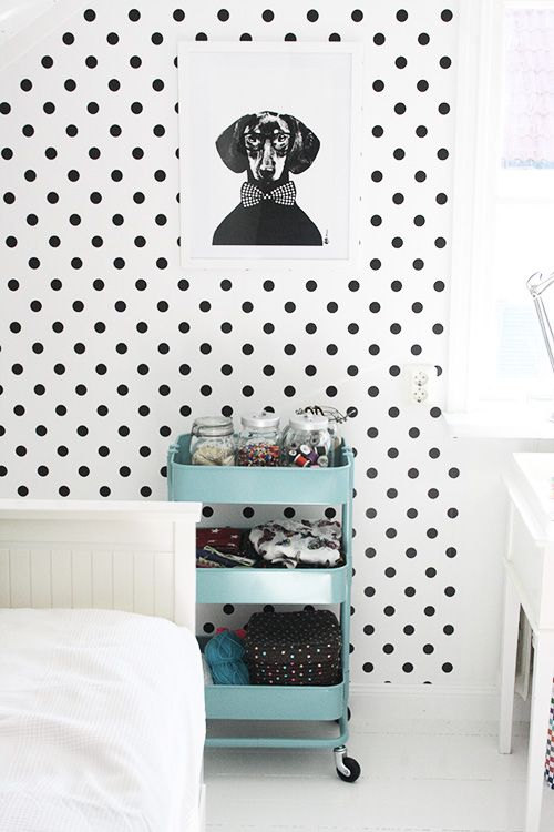 Self adhesive vinyl temporary removable wallpaper wall decal 500x750