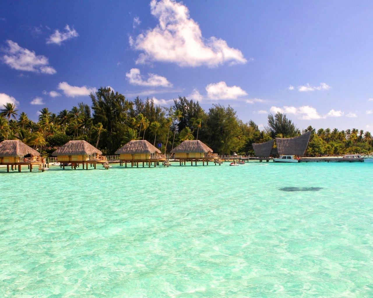 Magnificent Bora Bora Green Blue Lagoon Hd Wallpaper Wallpaper List 1280x1024