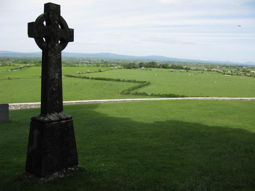 Celtic Cross Wallpaper 1024x768
