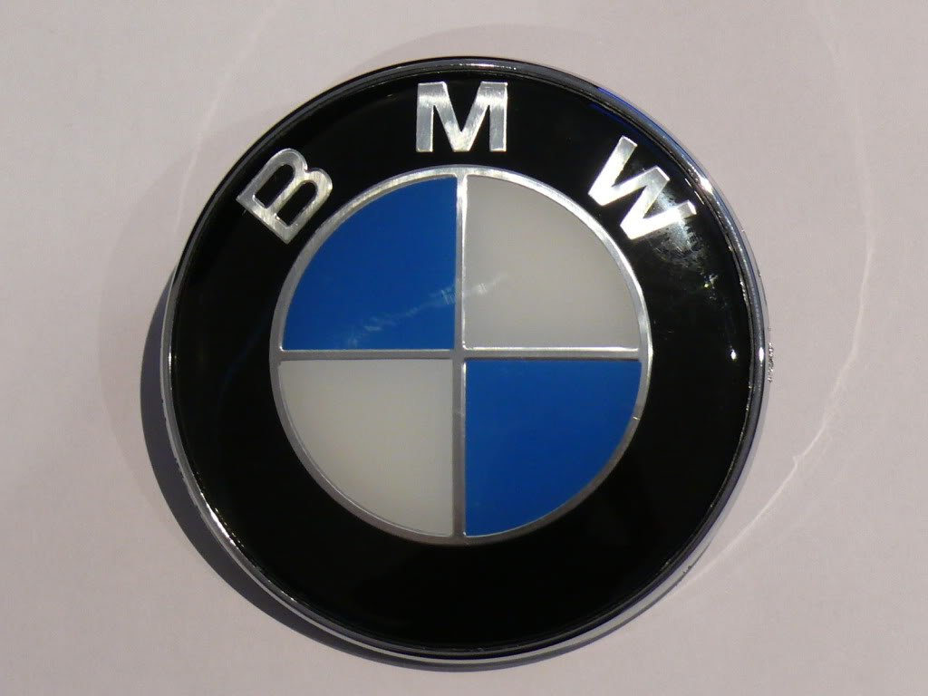 Bmw B M W Logo Amblem Amblemi Badge Emblem Wallpapers 1024x768