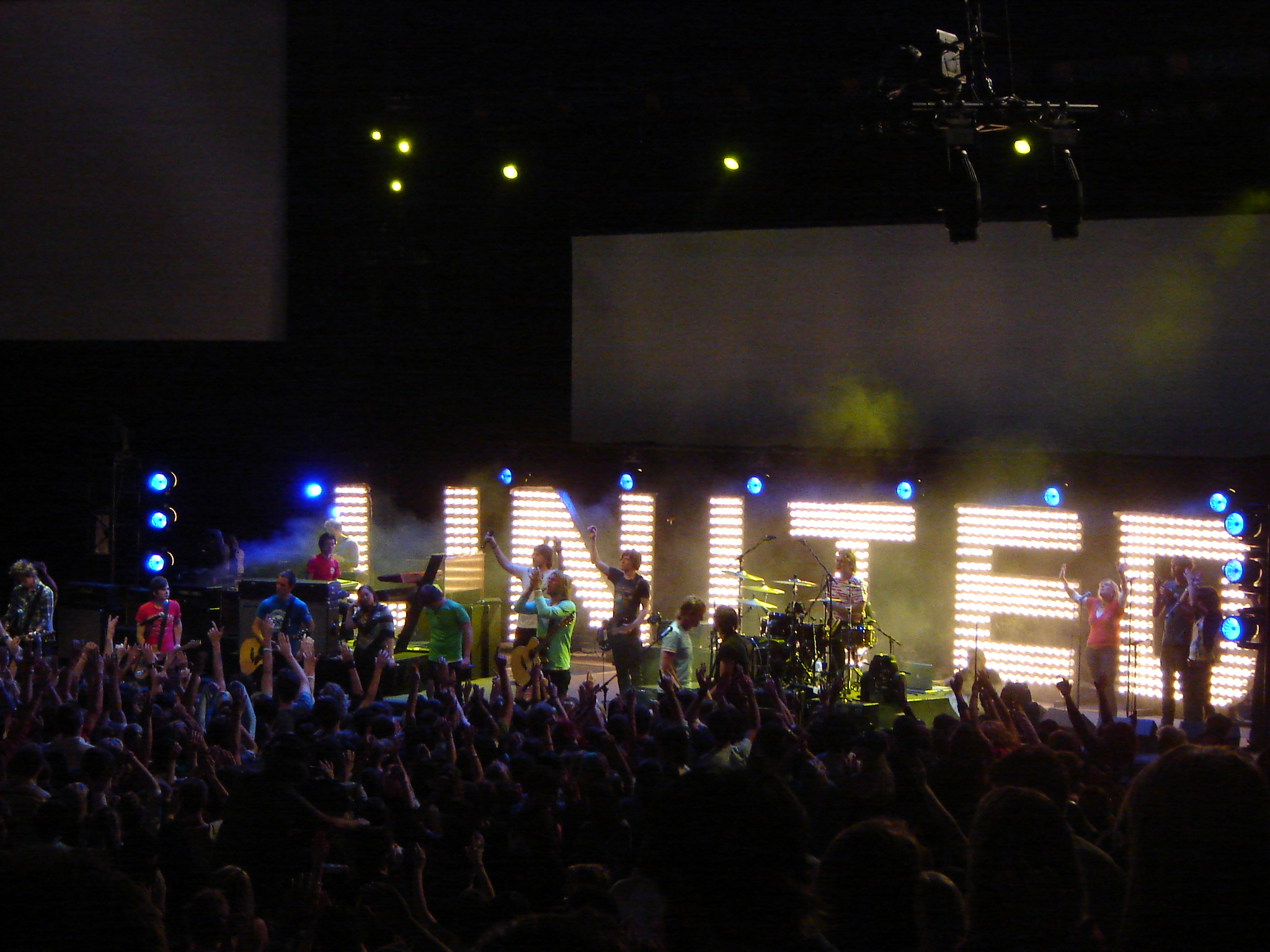 HILLSONG WORSHIP WALLPAPERS FREE Wallpapers Background images 2048x1536