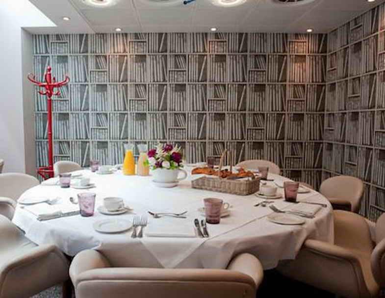 That Looks Like Bookshelves For Dining Room Wallpaper That Looks Like 785x608