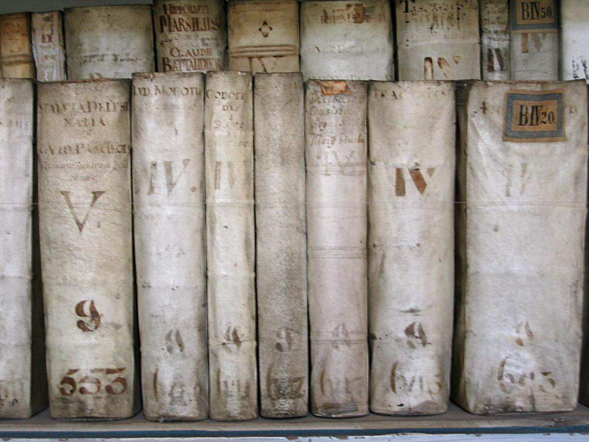 Bookswallpaper 1200x900