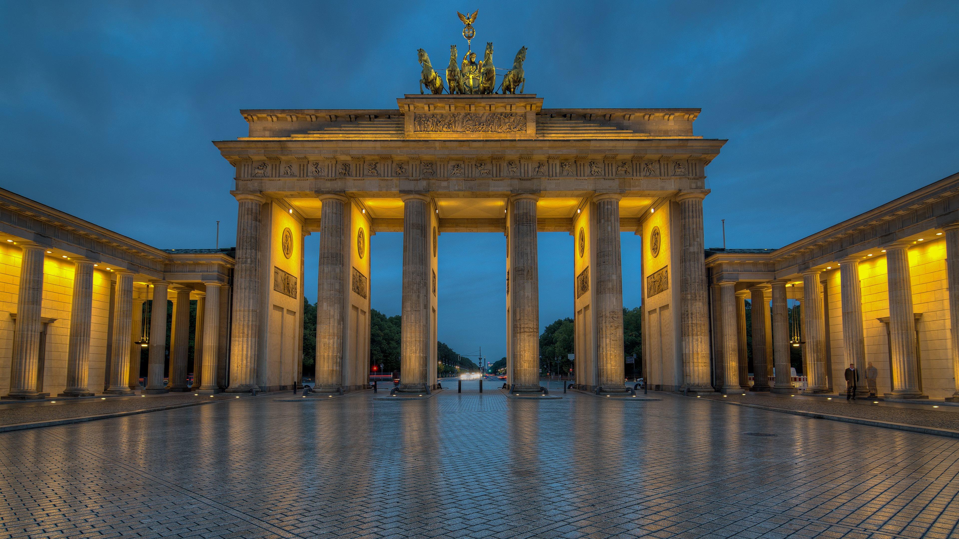 Brandenburg Gate Wallpaper 1   3840 X 2160 stmednet 3840x2160