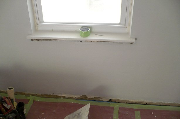 Scevoli Painting   Damaged Plaster gets Repaired and Painted   Before 614x408