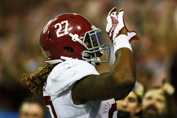Derrick Henry Derrick Henry 27 of the Alabama Crimson Tide celebrates 594x396