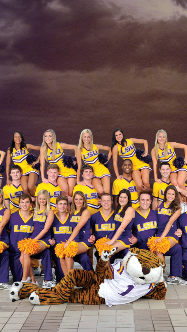 LSU Cheerleaders 2012 2013 iPhone 5 Wallpaper 640x1136 640x1136