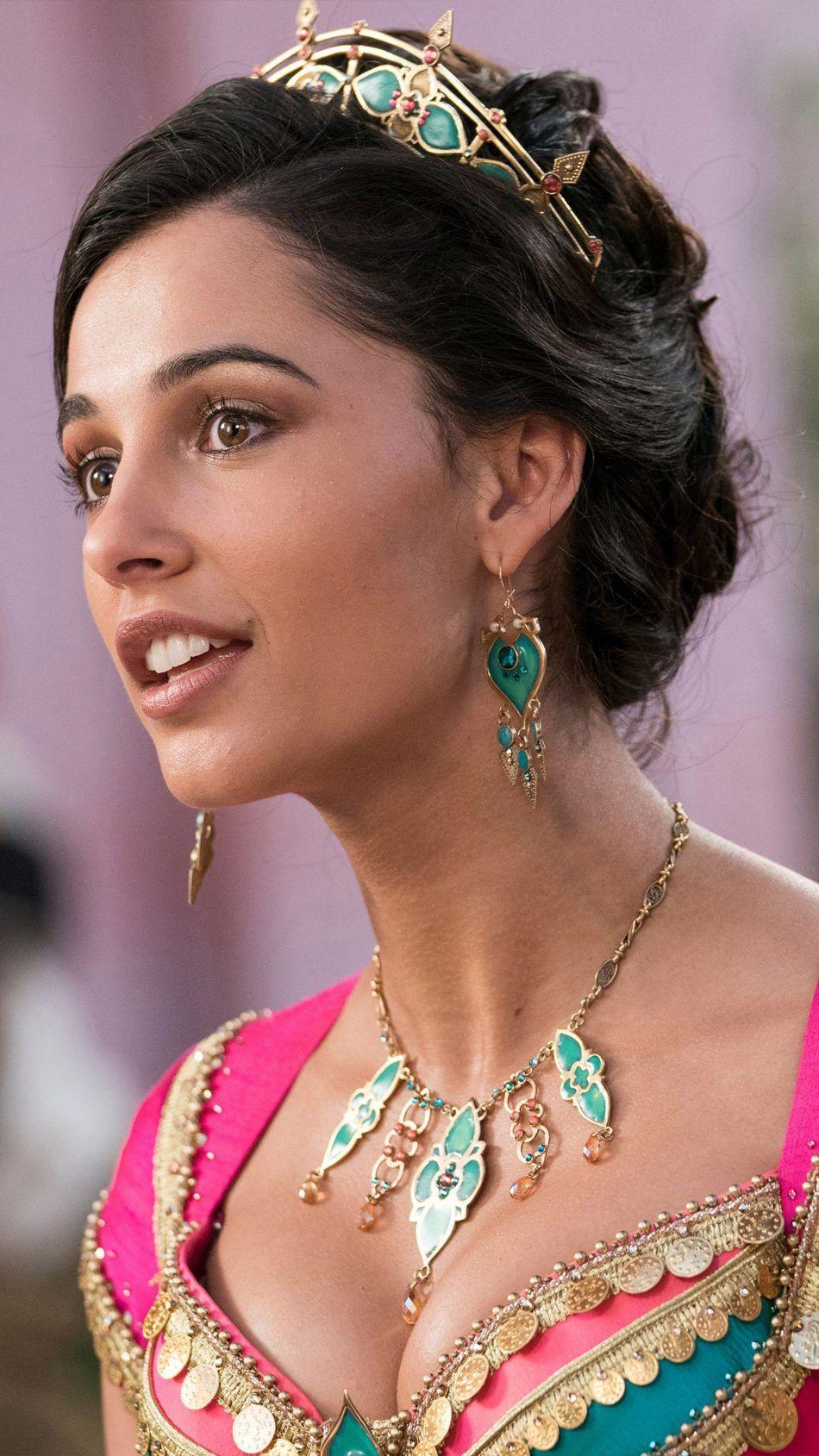 Naomi Scott As Princess Jasmine In Aladdin 2019 Movie Wallpapers 950x1689