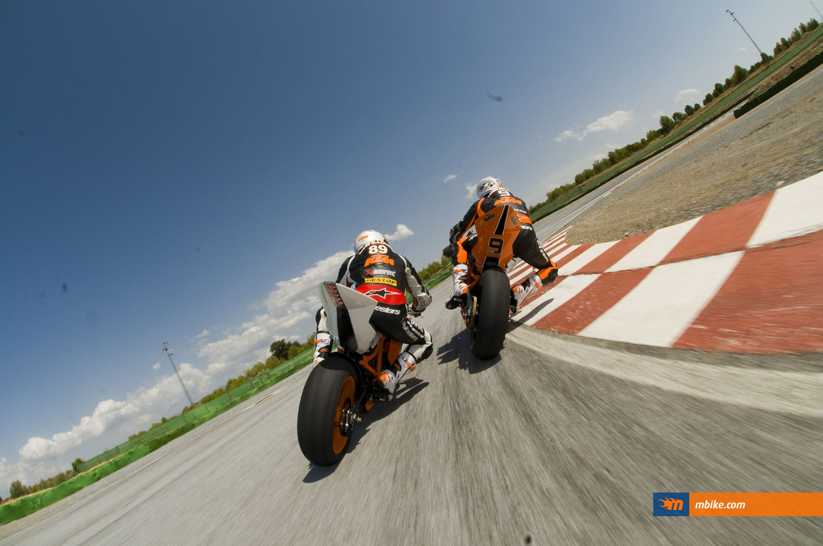 2011 KTM RC8 R Wallpaper   Mbikecom 1600x1062