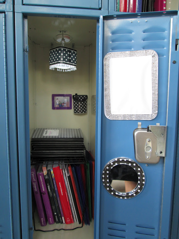 black and white polka dot locker wallpaper