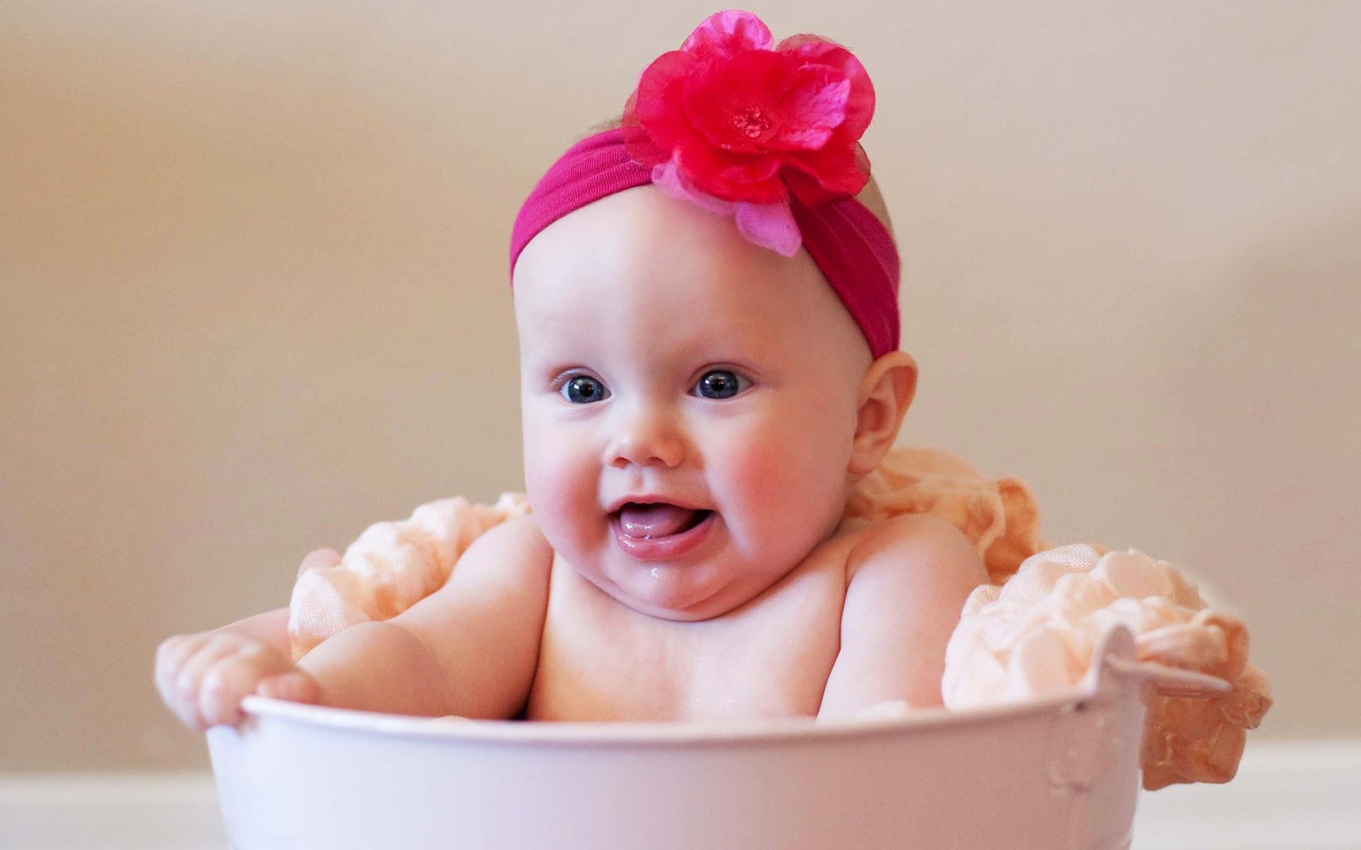Wallpaper download baby - Cute Baby Girl Desktop Wallpapers Hd Wallpaper