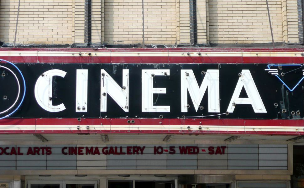 Vintage cinema sign HD Wallpaper Cinema Cinema sign Run film 970x600