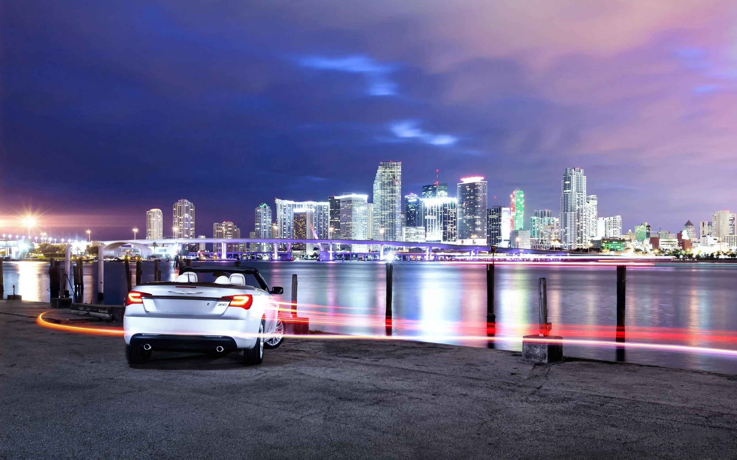 Download the Detroit City Chrysler Wallpaper Detroit City 2560x1600
