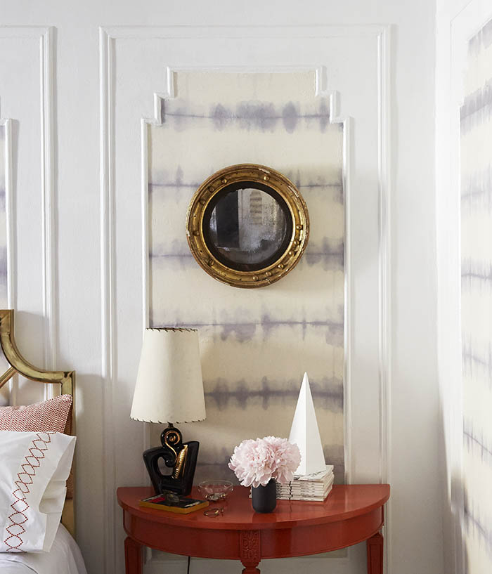 Totally Gorgeous and Entirely Removable Fabric Wall Therapy DIY 700x817