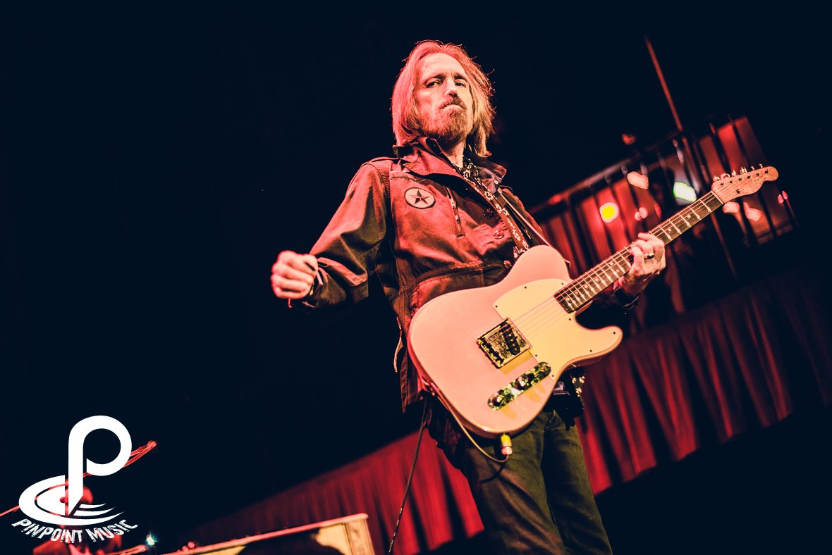 Tom Petty And The Heartbreakers Tom petty and the 1180x788