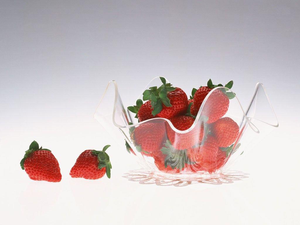 Strawberry Wallpaper 1024x768